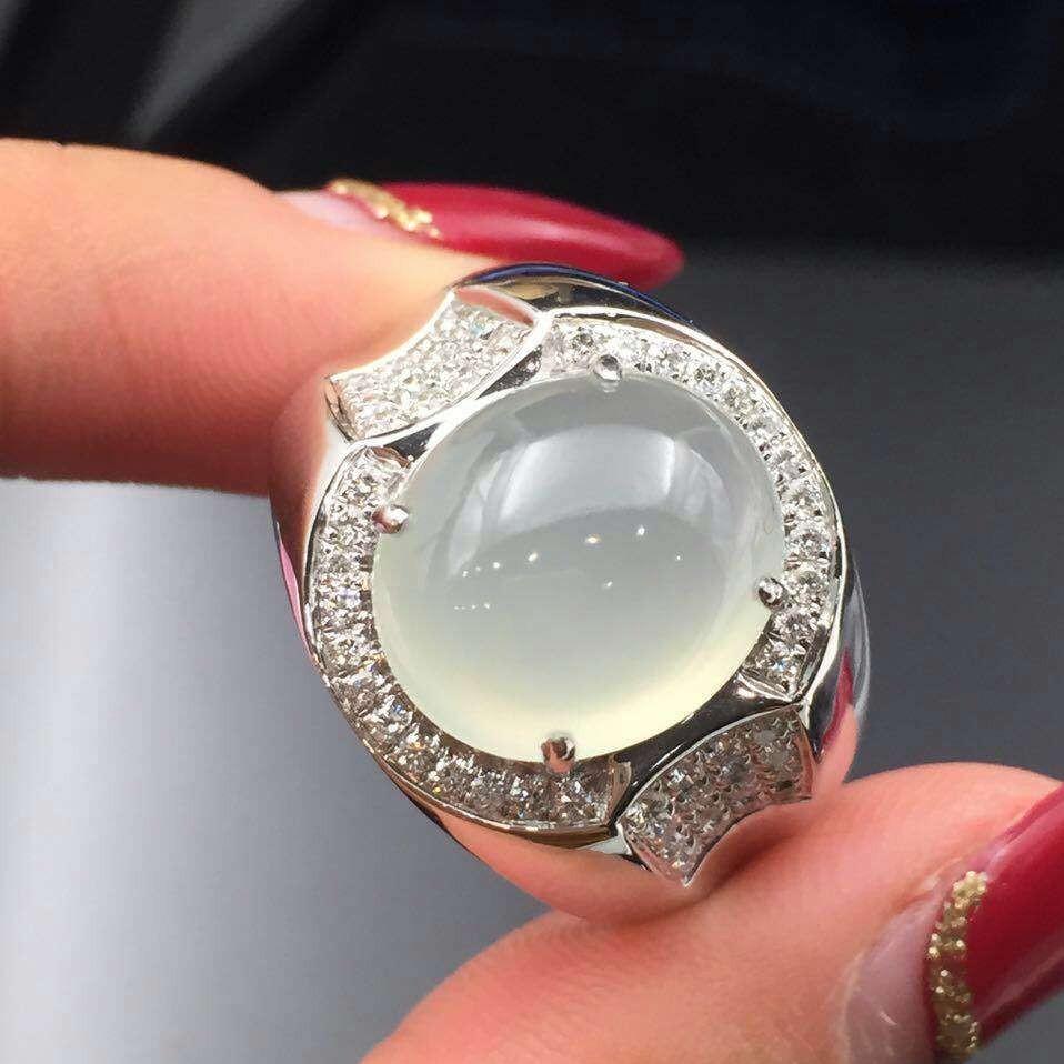 缅甸天然a货翡翠 镶嵌k白金 冰种蛋面男戒指